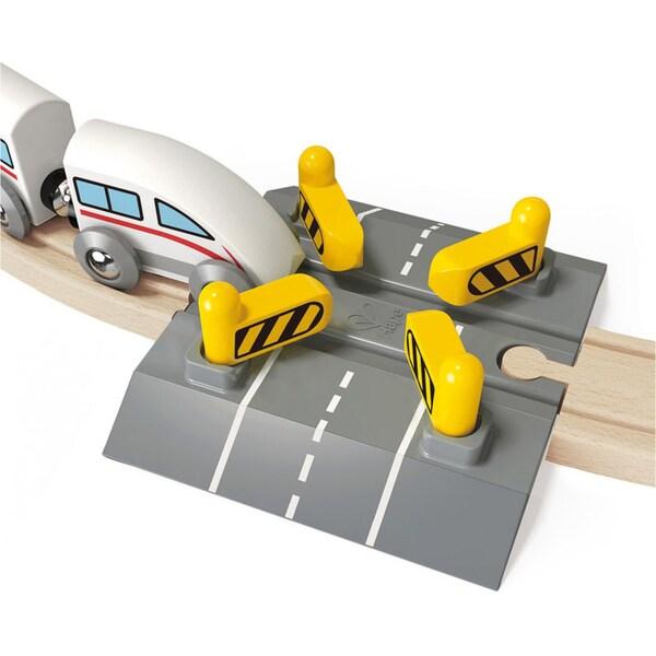 Hape Bahn Bahnübergang mit automatischer Schranke