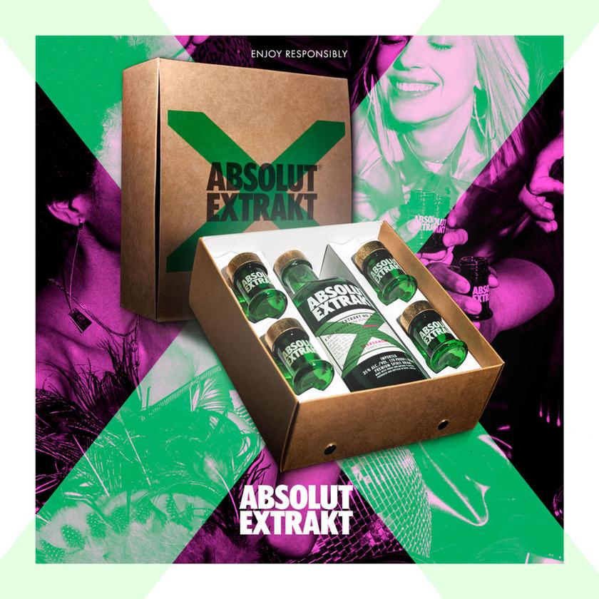 Absolut Vodka Extrakt Geschenkverpackung mit 4 Shotgläsern 35% 700 ml