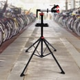 Homcom Fahrradmontageständer mit Werkzeugablage schwarz