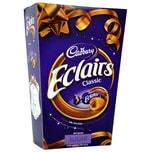 Cadbury Chocolate Eclairs Box 420g Karamellbonbons mit Milchschokoladefüllung