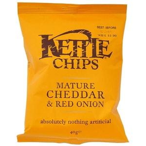 Kettle Chips Mature Cheddar & Onion, Tüte 40 g - Käse-Zwiebel-Geschmack