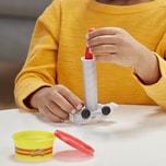 Hasbro Play-Doh Wheels Abschleppwagen Spielzeug für Kinder ab 3 Jahren mit 3 Play-Doh Farben