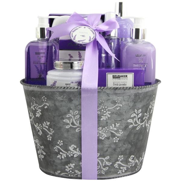 Brubaker Bade- und Dusch Set Lavendel Duft 9-teiliges Geschenkset im Vintage Pflanzkübel