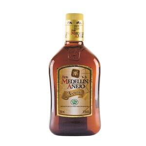 Medellin Rum Ron Añejo 3 Años 37,5% vol. 700ml