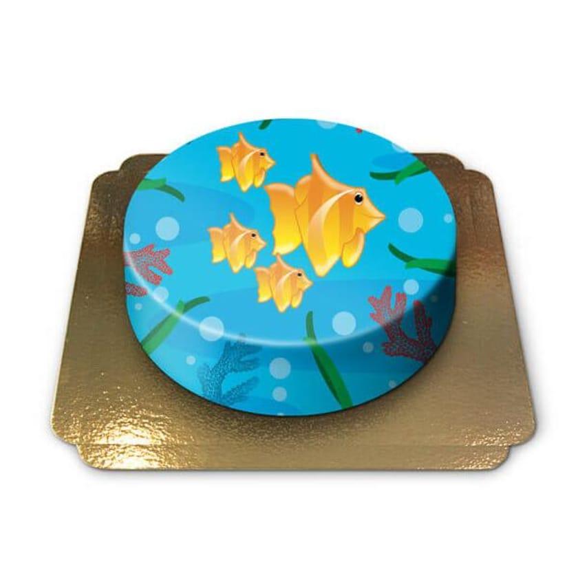 Meerestorte Schokoladenkuchen mit Schokoladenbuttercremefüllung 6 Portionen