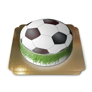 Fussballtorte Schokoladenkuchen mit Schokoladenbuttercremefüllung 6 Portionen